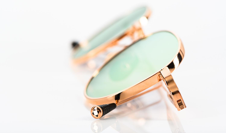 Lunetterie Generale – goldene Titan Sonnenbrille in runder Form - KITSCHENBERG Brillen