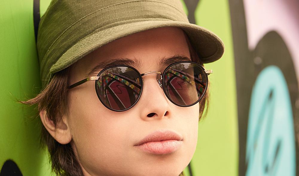 Garrett Leight – Sonnenbrille – Model Moritz – runde Brille mit matt schwarzen Windsorringen und dunkel grauen Gläsern - KITSCHENBERG Brillen