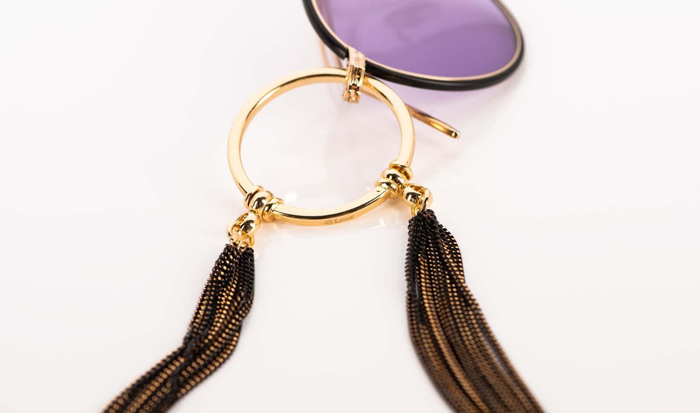 La Loop – feingliedrige Metall Brillenkette mit goldenem Ring - KITSCHENBERG Brillen