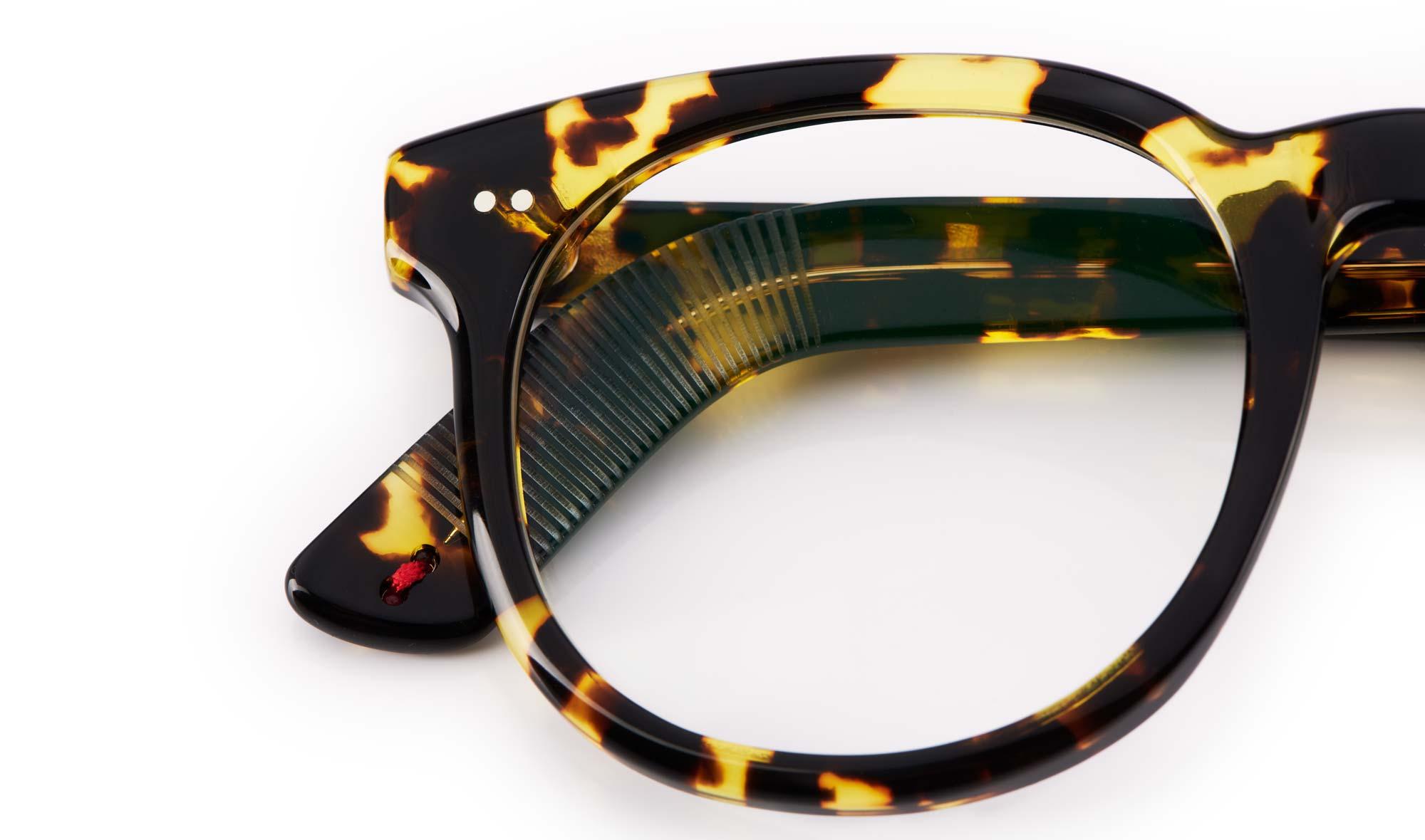 Alf – Atelier de Lunetterie Francais – Panto Brille aus stark geschecktem Acetat - KITSCHENBERG Brillen