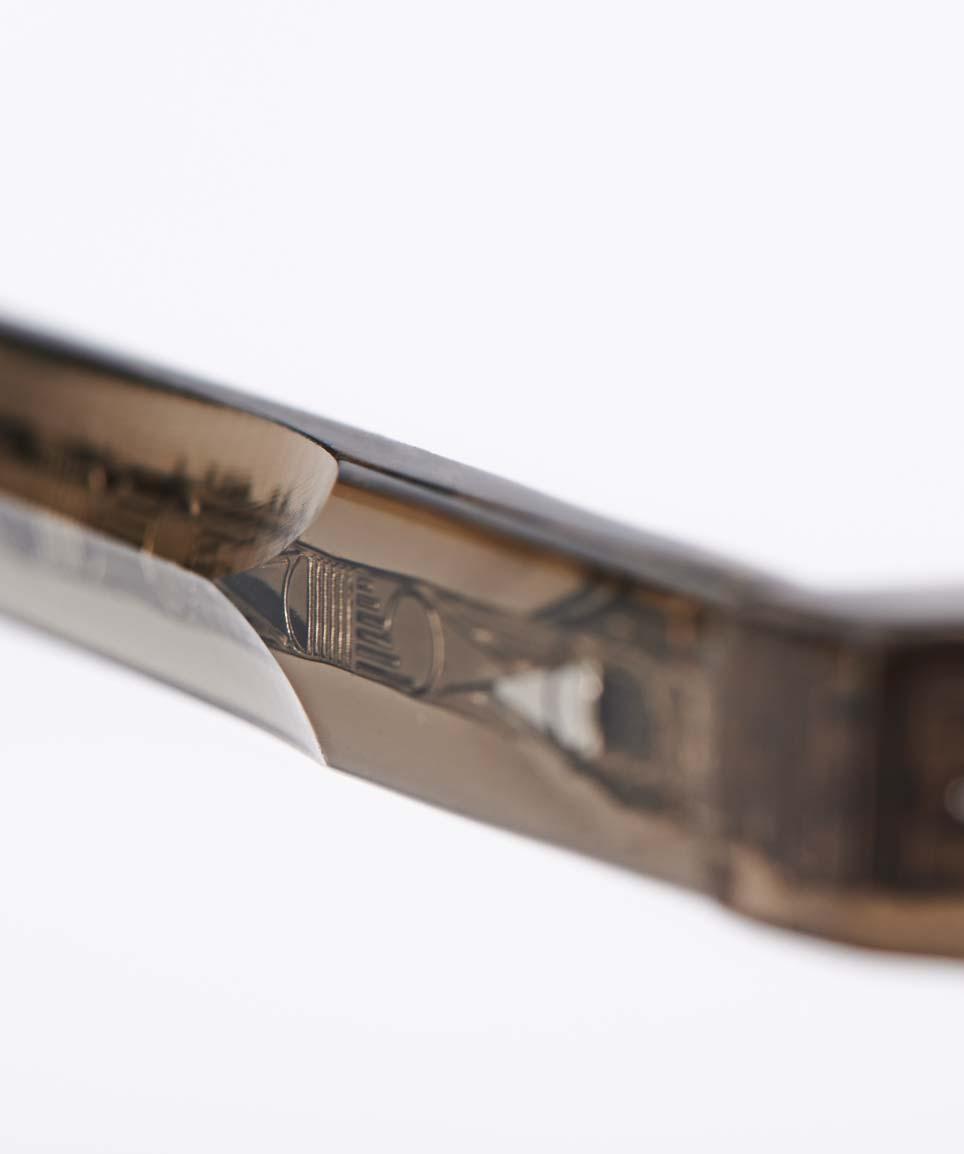 Ahlem – Bügeldetail – Transparente Kunststoffbrille – made in Frankreich - KITSCHENBERG Brillen