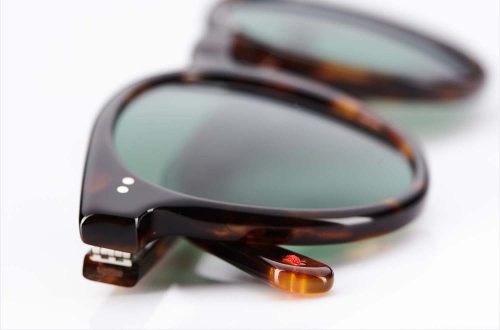 Alf – Atelier de Lunetterie Francais – havanna Sonnenbrille rund mit grünen Gläsern – roter Faden - Vintage – Retro – Original - KITSCHENBERG Brillen