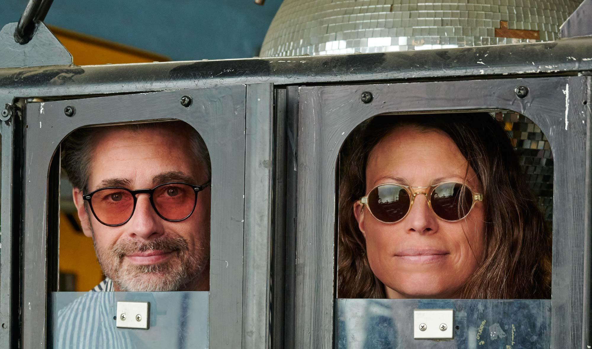 Lazare Studio – Sonnenbrillen – rund Vintage – Schwarz – champagnerfarbig – KITSCHENBERG Brillen