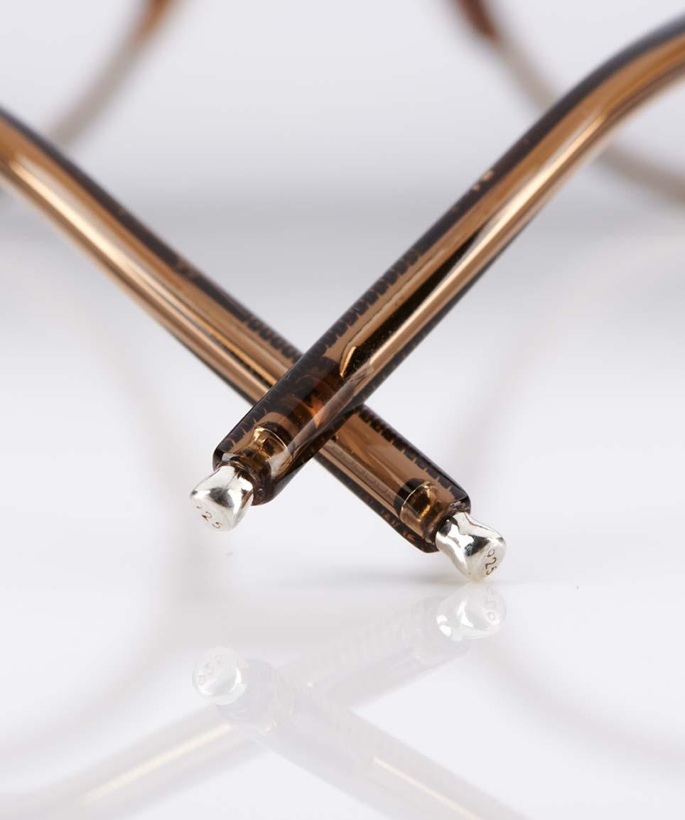 Eyevan – eyevan ten – runde Panto Kunststoffbrille mit Perlmutt Stegen – Silberne Nieten und Bügelenden - made in Japan – KITSCHENBERG Brillen