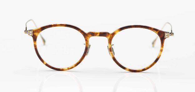 Eyevan - Pantobrille aus tortoisefarbigen Acetat mit dünnen Titanbügeln - KITSCHENBERG Brillen