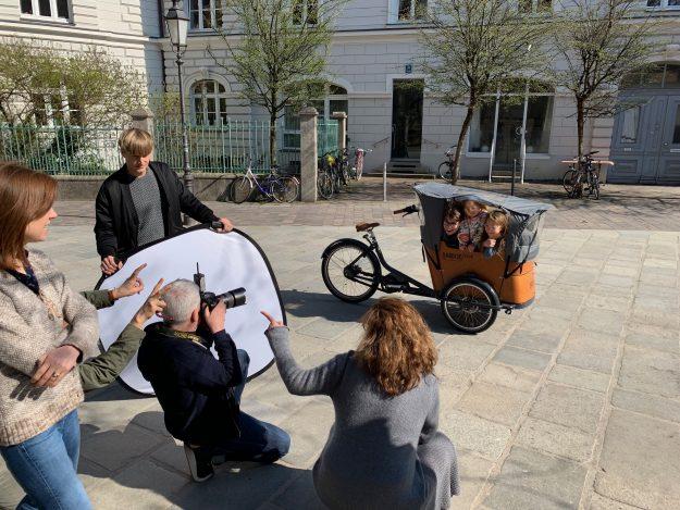 Fotoshooting - St.-Anna-Platz München - Model Moritz, Audrey, Daphne - KITSCHENBERG Brillen