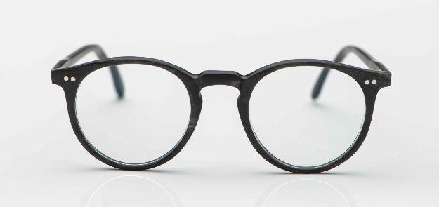 Kitschenberg Horn- maßangefertigte schwarzgraue Büffelhorn-Pantobrille - KITSCHENBERG Brillen