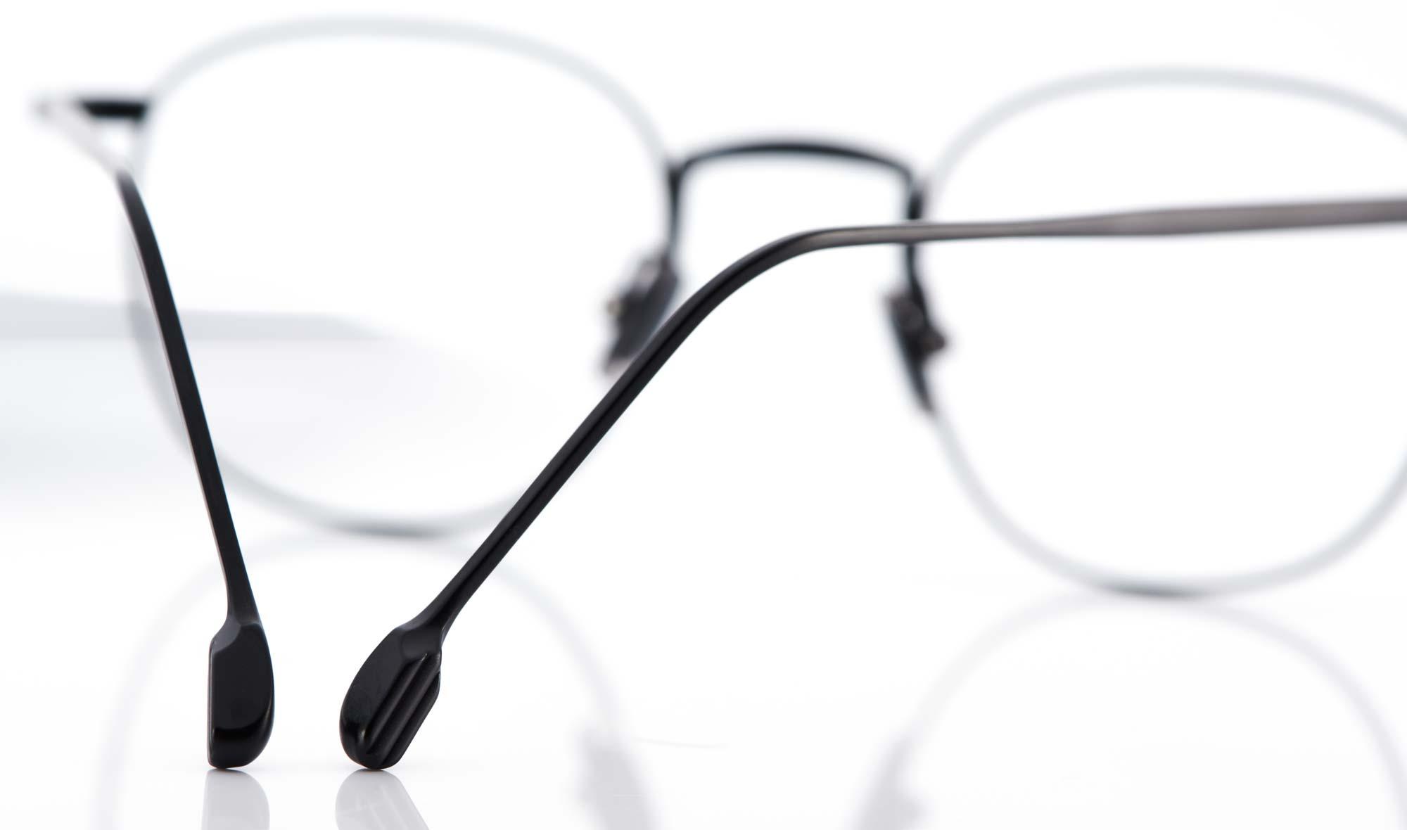 Lazare Studio – schwarze Titan Panto Brille - KITSCHENBERG Brillen