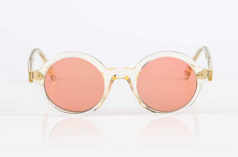 Alf – runde champagnerfarbene Sonnenbrille mit pinken, nachtönenden Gläsern - KITSCHENBERG Brillen