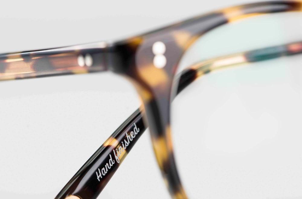 Garrett Leight – klassische Panto Kunststoffbrille in Schildpatt Optik mit genieteten Gelenken – KITSCHENBERG Brillen