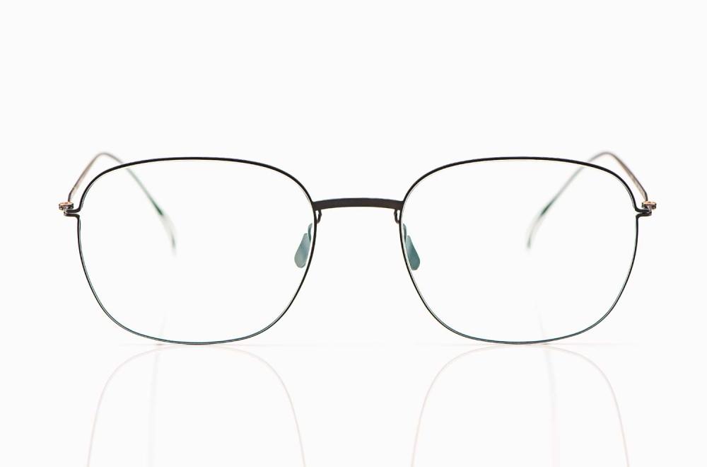 Haffmans & Neumeister – matt schwarze filigrane Edelstahl Brille – KITSCHENBERG Brillen