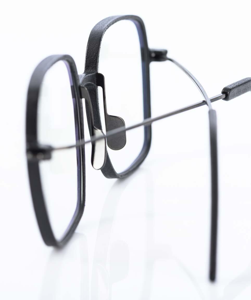 Klenze & Baum – 3D-Druck mit Titan Stegen und Titan Bügeln Serie Asket von einem Münchner Label - KITSCHENBERG Brillen