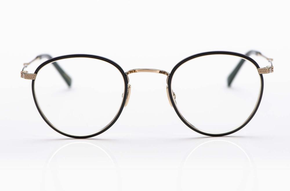 Mr. Leight – Pantobrille aus Titan in Gold mit schwarzer Umrandung an den Gläsern handgemacht in Japan - KITSCHENBERG Brillen