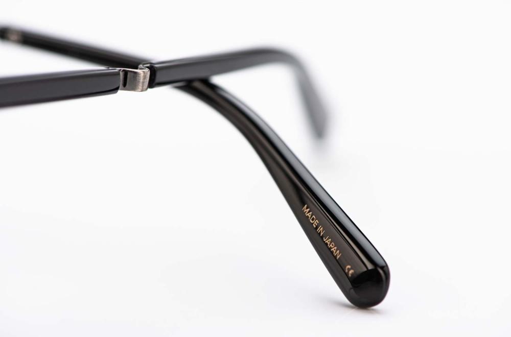 Mr. Leight – Brillenbügel einer Pantobrille mit spezieller Federtechnik - KITSCHENBERG Brillen