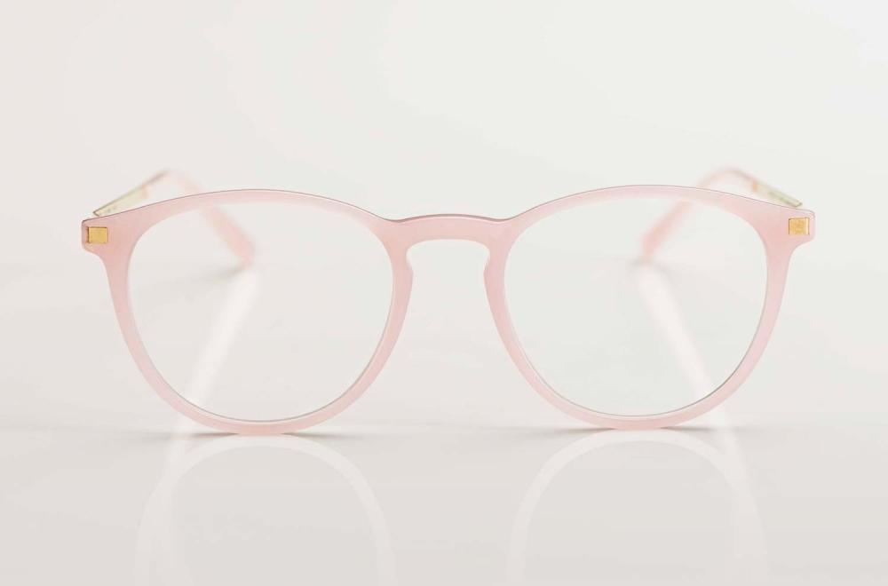 Mykita –filigrane Panto Brille aus Acetat in rose mit goldenen Edelstahl Bügeln - KITSCHENBERG Brillen