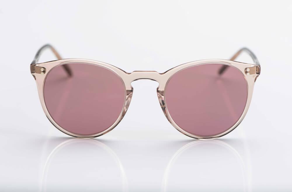 Oliver Peoples – Sonnenbrille – O´Malley - Vintage Brille in einer Pantoform aus rose transparentem Kunststoff mit rose roten Gläsern - KITSCHENBERG Brillen