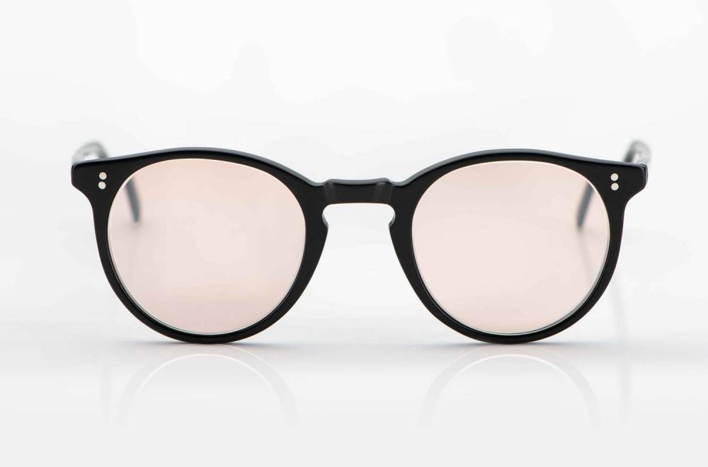 Oliver Peoples – Sonnenbrille – O´Malley – schwarze Acetat Panto Fassung mit rosebraunen Gläsern - KITSCHENBERG Brillen