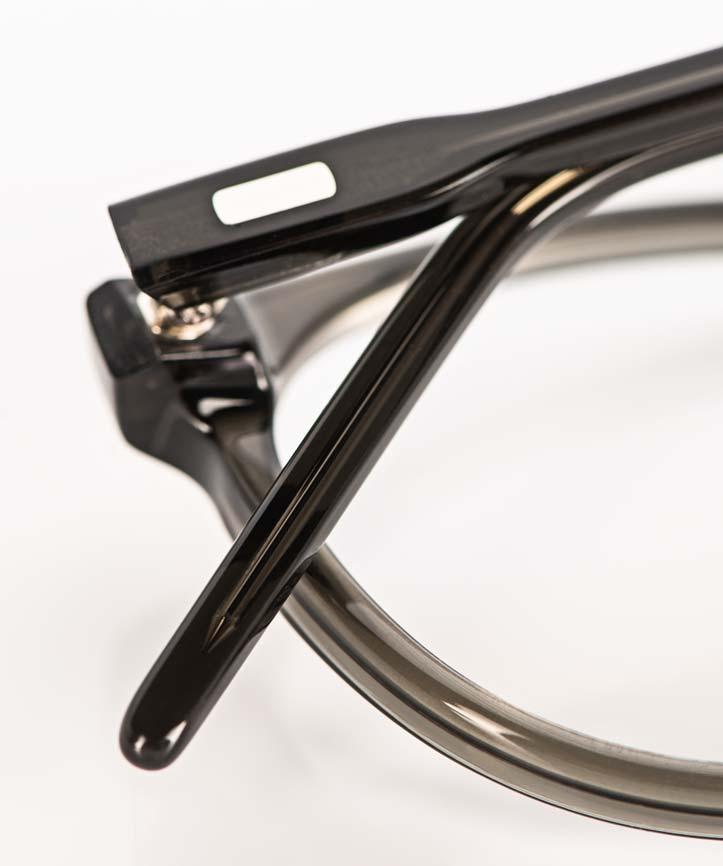 Reiz – Niet Riegel eines handgenieteten Bügels an einer Acetatbrille - KITSCHENBERG Brillen
