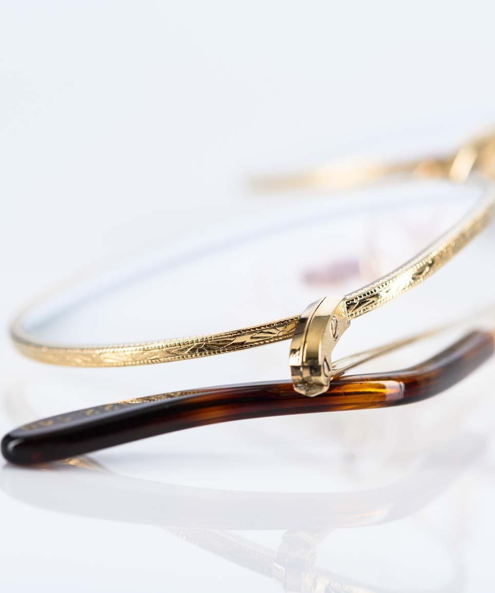 Savile Row - Ziselierte goldene Brille in klassischer Panto Form gefertigt in London – KITSCHENBERG Brillen