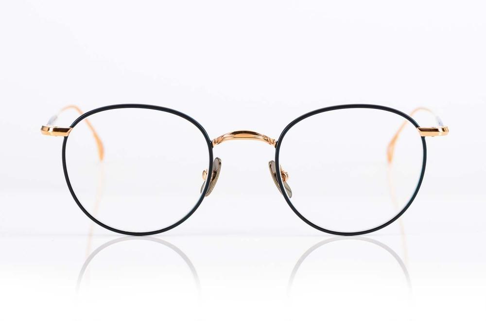 Yellows Plus – rose goldene Brille aus Titan in klassischer Pantoform gefertigt in Japan - KITSCHENBERG Brillen