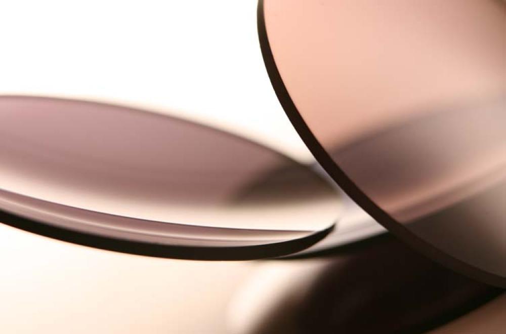 Braune Brillengläser – Essilor – KITSCHENBERG Brillen