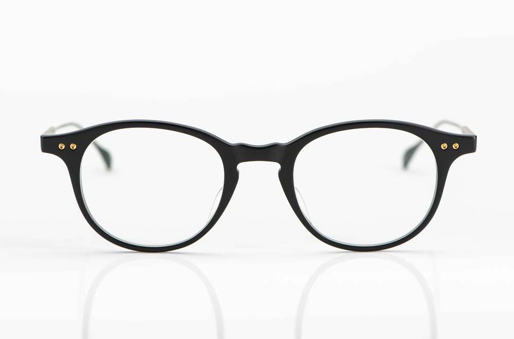 Dita – matt schwarze Acetat Brille mit verschraubten Gelenken und Titan Bügeln - KITSCHENBERG Brillen
