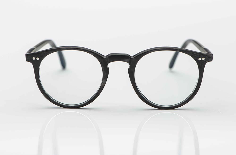 Kitschenberg Horn – grau marmorierte Panto Brille aus Büffelhorn mit genieteten Gelenken - KITSCHENBERG Brillen