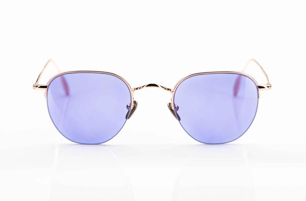 Massada – Sonnenbrille - Titan Nylorbrille aus blass goldenem Titan mit hellen lila farbigen Gläsern - KITSCHENBERG Brillen