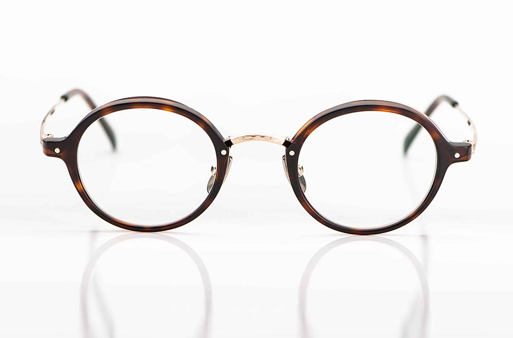 Yellows Plus – runde tortoise farbige Acetat Fassung mit goldenem Steg und Bügeln aus Titan Metall - KITSCHENBERG Brillen